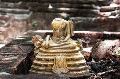 Estatua quebrada de Buda Fotografía de archivo libre de regalías