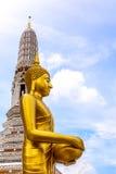 Estatua tailandesa de Buda en la religión del buddhism Imagenes de archivo