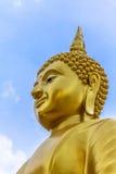 Estatua tailandesa de Buda en la religión del buddhism Fotografía de archivo libre de regalías