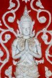Estatua tailandesa del ángel del estilo en Chiang Mai Thailand imágenes de archivo libres de regalías