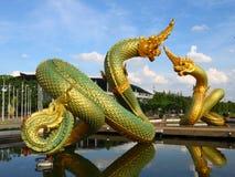 Estatua tailandesa del dragón imagen de archivo libre de regalías