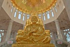 Estatua tailandesa del monje imágenes de archivo libres de regalías