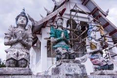 Estatua tailandesa vieja del ángel foto de archivo