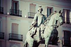 Estatua Tio famoso Pepe Sign Puerta del Equestrian de rey Carlos III Fotos de archivo