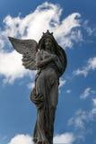 Estatua vieja de la foto de un ángel Fotos de archivo libres de regalías