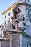 Estatuas bíblicas en la base del della Immacolata de Colonna en Roma, Italia Fotos de archivo