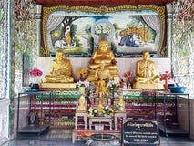 Estatuas budistas imagenes de archivo