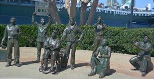 Estatuas de bronce de un saludo nacional a Bob Hope y a los militares Imágenes de archivo libres de regalías