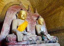 Estatuas de Buda en el templo de Anada en Bagan, Myanmar Foto de archivo