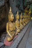 Estatuas de Buda en la cueva de Khao Luang - Phetchaburi, Tailandia fotos de archivo