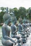 Estatuas de Buda en Seema Malaka Temple en Colombo, Sri Lanka imagenes de archivo