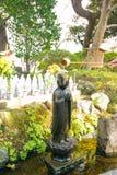 Estatuas de Buddist de la piedra del templo de Hase-dera fotografía de archivo