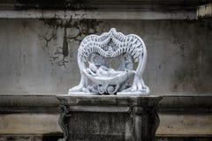 Estatuas de dios del sueño en el templo Tailandia Foto de archivo