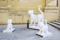 Estatuas de gatos en Malta foto de archivo