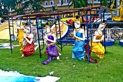 Estatuas de Godnesses como decoración en el desfile para el cumpleaños del rey en Bangkok Foto de archivo