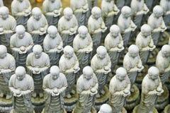 Estatuas de Jizo en Hase Dera Temple fotografía de archivo