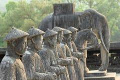 Estatuas de Khai Dinh Mausoleum Imagenes de archivo