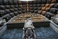 Estatuas de la catedral de Colonia imagen de archivo