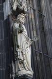 Estatuas de la catedral de Colonia foto de archivo