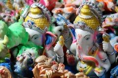 Estatuas de Lord Ganesh en el mercado callejero en Puri imagenes de archivo