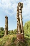 Estatuas de madera fotos de archivo