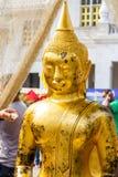 Estatuas de oro de Buda en Tailandia Fotos de archivo libres de regalías