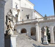 Estatuas de St Benedicto y de St Scholastica Fotografía de archivo libre de regalías