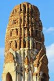 Estatuas de Stupa en Wat Imagen de archivo libre de regalías