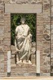 estatuas del Griego-estilo con la persona de la reputación de Roman Provincial Forum, Mérida fotos de archivo libres de regalías