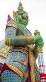 Estatuas del guarda del demonio que adornan Fotos de archivo libres de regalías