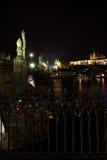 Estatuas en Charles Bridge Fotografía de archivo libre de regalías