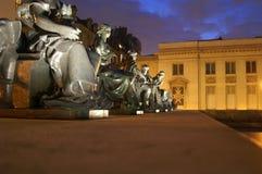 Estatuas en el Musee D'Orsay imagen de archivo libre de regalías