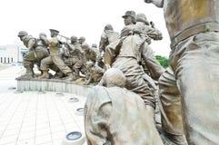 Estatuas en el museo del monumento de Guerra de Corea, Seul Fotografía de archivo