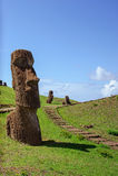 Estatuas en Isla de Pascua Rapa Nui Isla de pascua Threesome Fotografía de archivo