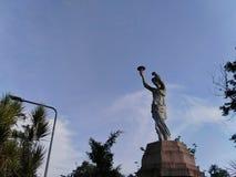 Estatuas hermosas adornadas con opiniones en el jardín imagen de archivo