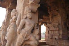 Estatuas las columnas de adornamiento Imagen de archivo