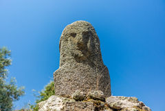 Estatuas prehistóricas en las colinas de Córcega - 2 Fotografía de archivo libre de regalías