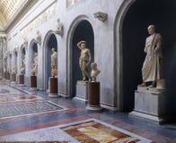 Estatuas romanas en el museo de Vatican fotografía de archivo libre de regalías