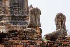 Estatuas sin cabeza de Buda, Ayutthaya Foto de archivo