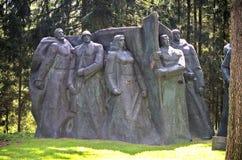 Estatuas soviéticas en el parque de Grutas, Lituania imagen de archivo