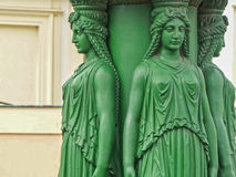 Estatuas verdes de la mujer en Praga Imágenes de archivo libres de regalías