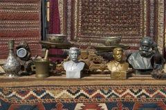 Estatuas y mantas fotos de archivo
