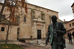 Estatue and San Ildefonso church, Zamora, Spain royalty free stock photography