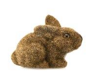 Estatueta do coelho do brinquedo isolada Imagem de Stock