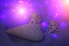 Estatuetas pequenas do anjo Fotos de Stock Royalty Free