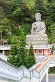 Estatus de Buddha en el templo de Swee de la barbilla Fotos de archivo libres de regalías