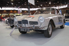 Este carro desportivo de Facel Vega incorporou a reunião de Monte 1961 - de Carlo Imagens de Stock Royalty Free