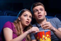 Este filme é tão assustador! Imagem de Stock Royalty Free