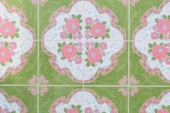 Este tejas hermosas en piso Imagen de archivo