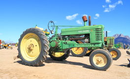 Tractor americano clásico: John Deere B (1945) Imagen de archivo